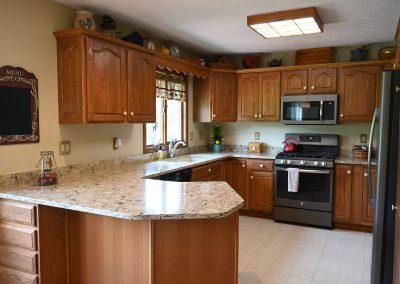 Kitchen Cambria countertop replacement in Bradshaw design